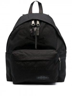 Рюкзак с принтом Skull из коллаборации Mastermind Eastpak. Цвет: черный