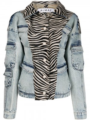 Джинсовая куртка с зебровым принтом Almaz. Цвет: синий