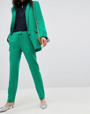 Приталенные брюки BA&SH. Цвет: зеленый