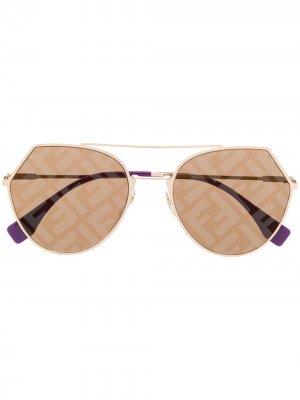 Массивные солнцезащитные очки с логотипом FF Fendi Eyewear. Цвет: золотистый