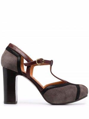 Туфли Yadi с Т-образным ремешком Chie Mihara. Цвет: коричневый