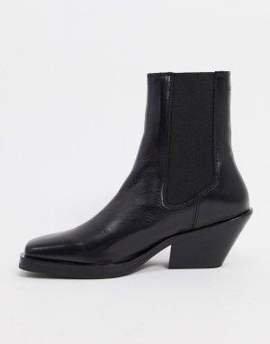 Черные кожаные полусапожки на каблуке с квадратным носком Femme-Черный Selected