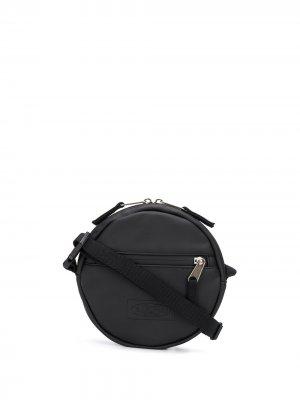 Круглая сумка через плечо Eastpak. Цвет: черный