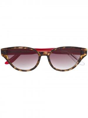 Солнцезащитные очки Sfitinzia в оправе кошачий глаз Snob. Цвет: красный