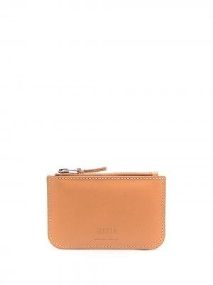 Маленький кошелек с тисненым логотипом AMI Paris. Цвет: нейтральные цвета