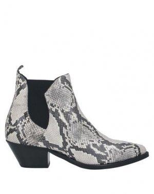 Полусапоги и высокие ботинки CARMENS. Цвет: светло-серый