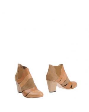 Полусапоги и высокие ботинки INK. Цвет: верблюжий
