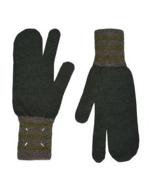 Перчатки MAISON MARGIELA. Цвет: темно-зеленый