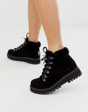 Ботинки с 6 парами люверсов и искусственным мехом Shindig-Черный Skechers