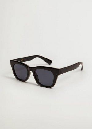Солнцезащитные очки в пластиковой оправе - Blanca Mango. Цвет: черный