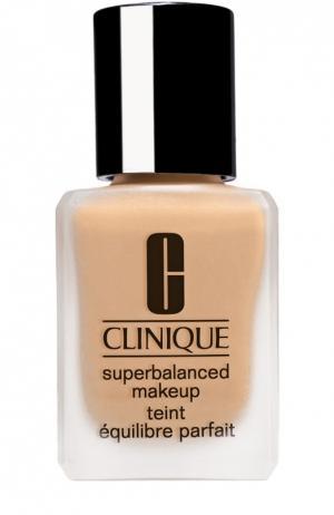 Суперсбалансированный тональный крем для комбинированной кожи, тон 03 Clinique. Цвет: бесцветный