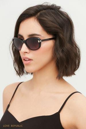 Солнцезащитные очки в черной оправе LOVE REPUBLIC
