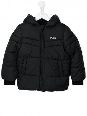 Пуховик с логотипом BOSS Kidswear. Цвет: черный