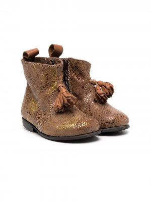 Ботинки со змеиным принтом и эффектом металлик Pèpè. Цвет: коричневый