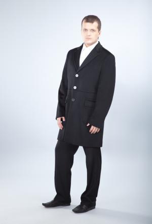 Черное пальто поло Teresa Tardia. Цвет: черный