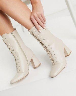 Ботильоны цвета слоновой кости со шнуровкой на каблуке -Белый Glamorous