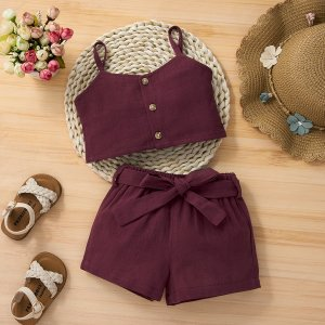 Майка и шорты с поясом для девочек SHEIN. Цвет: краповый