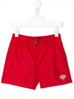 Плавки-шорты с логотипом Dolce & Gabbana Kids. Цвет: красный