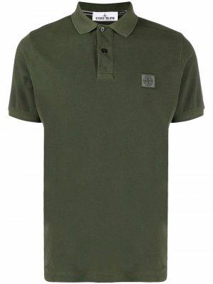 Рубашка поло с вышитым логотипом Stone Island. Цвет: зеленый