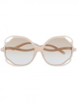 Массивные солнцезащитные очки Linda Farrow. Цвет: нейтральные цвета