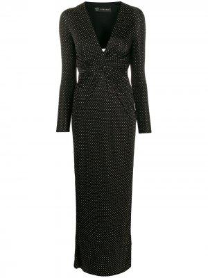 Длинное платье с заклепками Versace. Цвет: черный