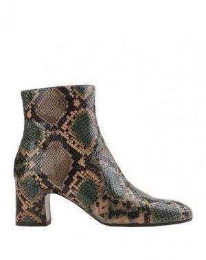 Полусапоги и высокие ботинки CHIE MIHARA. Цвет: зеленый