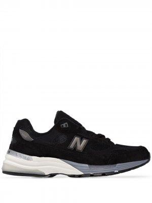 Кроссовки 992 New Balance. Цвет: черный