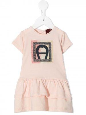 Ярусное платье-футболка с блестящим логотипом Aigner Kids. Цвет: розовый