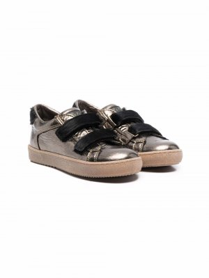Кроссовки на липучках с эффектом металлик Pèpè. Цвет: коричневый