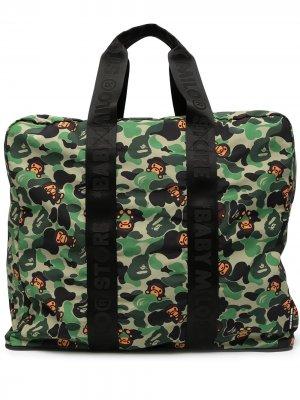 Дорожная сумка с камуфляжным принтом *BABY MILO® STORE BY *A BATHING APE®. Цвет: зеленый