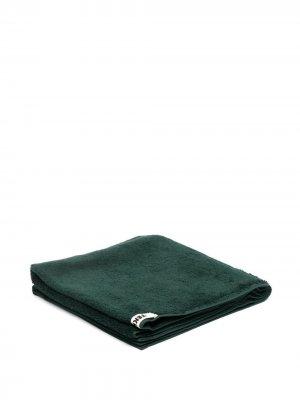 Полотенце с нашивкой-логотипом TEKLA. Цвет: зеленый