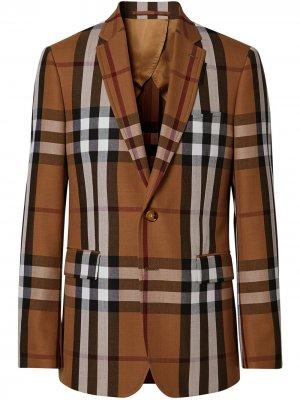 Строгий пиджак узкого кроя Burberry. Цвет: коричневый