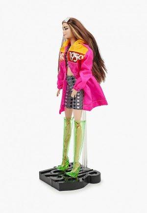 Кукла Barbie коллекционная BMR1959, в розовом плаще, 28 см. Цвет: разноцветный