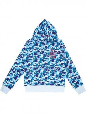 Худи с камуфляжным принтом из коллаборации Anti Social Club A BATHING APE®. Цвет: синий