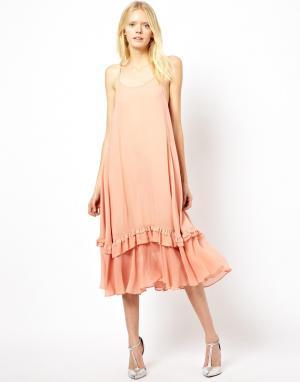 Платье-майка миди с рюшами на кромке See By Chloe. Цвет: розовый
