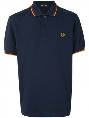 Рубашка поло с отделкой в полоску и логотипом FRED PERRY. Цвет: синий
