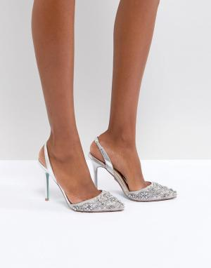 Серебристые туфли на каблуке Blue By Betsy Johnson Sonia Betsey. Цвет: серебряный
