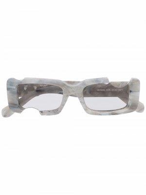 Солнцезащитные очки Cady Off-White. Цвет: серый