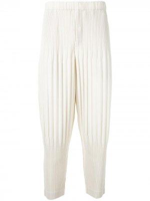 Укороченные плиссированные брюки Homme Plissé Issey Miyake. Цвет: белый