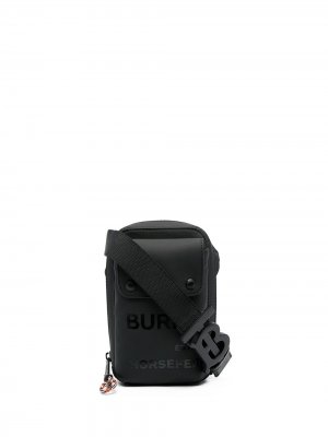 Сумка-мессенджер размера мини Burberry. Цвет: черный