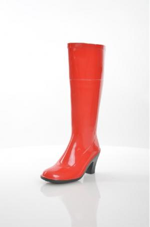 Резиновые сапоги SANDRA. Цвет: красный