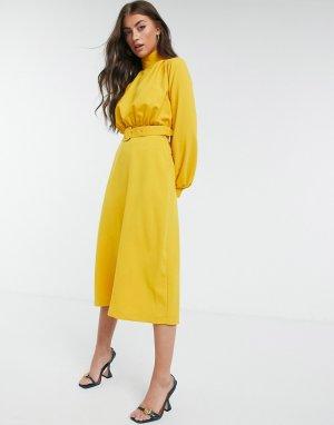 Горчичное платье миди с высоким воротом, поясом и рукавами манжетами -Желтый Closet London