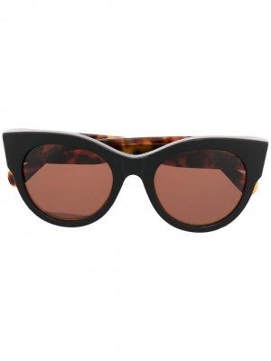 Солнцезащитные очки в оправе кошачий глаз Retrosuperfuture. Цвет: коричневый
