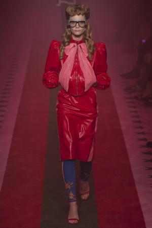 Кожаная куртка Gucci. Цвет: красный