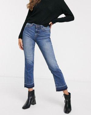 Укороченные расклешенные джинсы выбеленного синего цвета с отпоротым краем -Голубой JDY