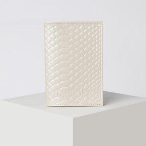 Обложка для паспорта, цвет молочный TEXTURA