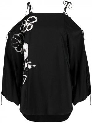 Блузка с открытыми плечами и цветочной вышивкой Ermanno Scervino. Цвет: черный