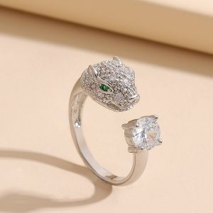 Открытое кольцо со стразами с животным SHEIN. Цвет: серебряные