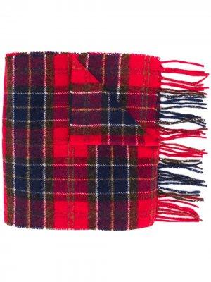 Клетчатый шарф с бахромой Barbour. Цвет: красный