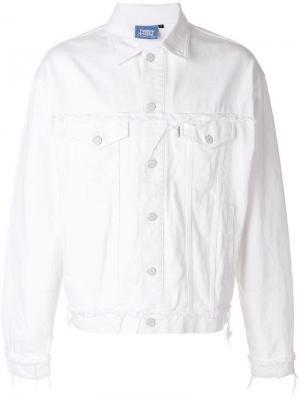 Классическая джинсовая куртка Andrea Crews. Цвет: белый